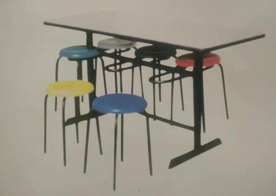 4人餐桌凳