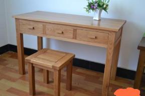 木质写字桌