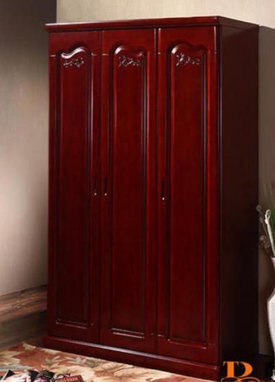 木质三门衣柜